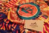 Шелковые платки Hermès: всегда модно!